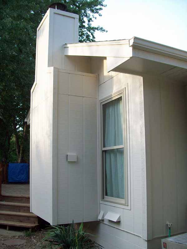 Chimney and cedar trim repainted with Sherwin Williams Exterior Super Paint in a Satin finish