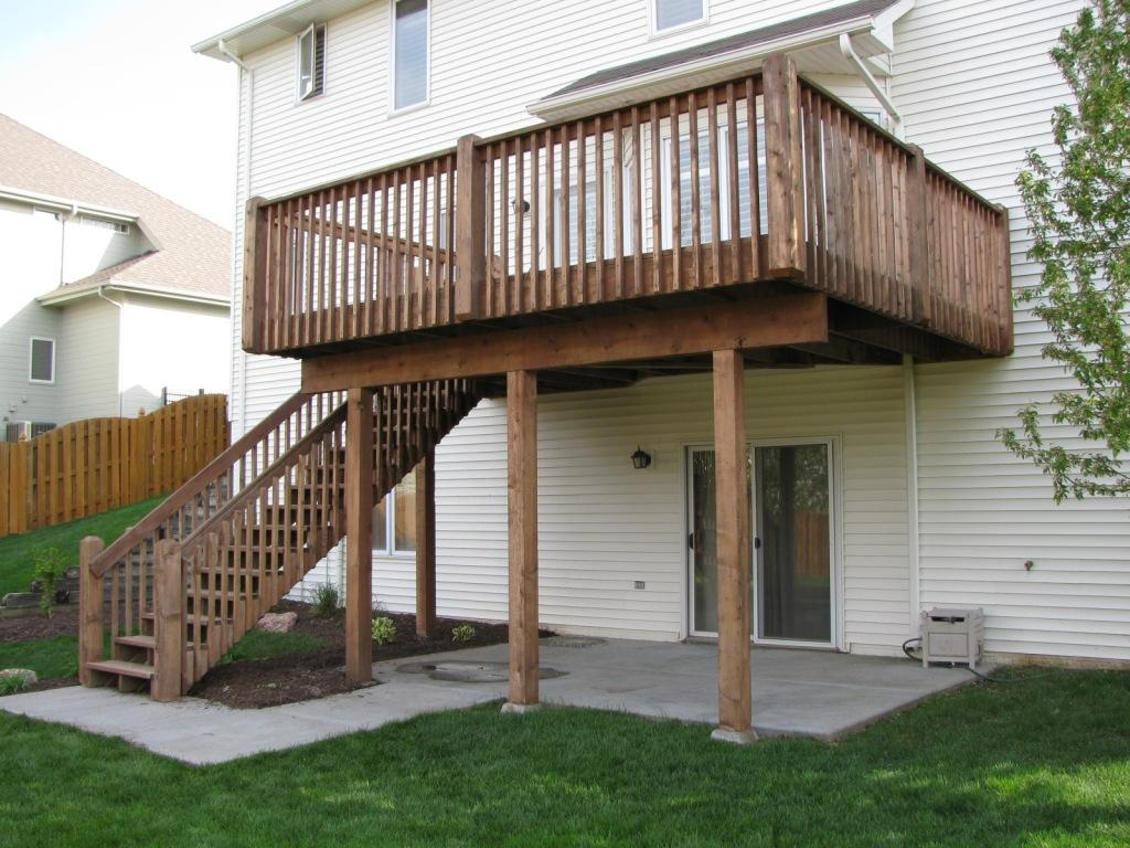 Deck need to Dry Out Completely to allow for Full Stain Penetration
